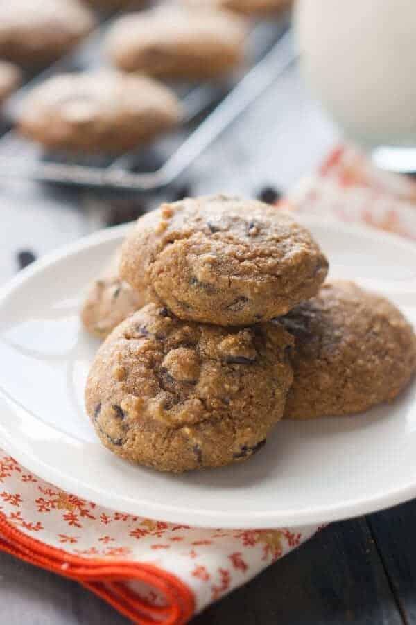 Paleo pumpkin chocolate chip cookies