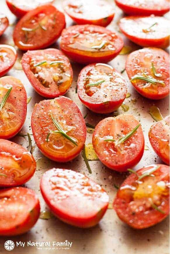 Chunky Vegetable & Roasted Tomato Paleo Marinara Sauce Recipe {Paleo, Clean Eating, Gluten Free, Dairy Free, Vegan}