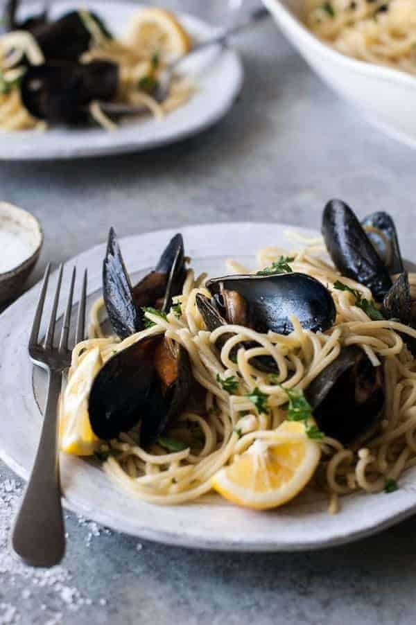Bake mussels in oven