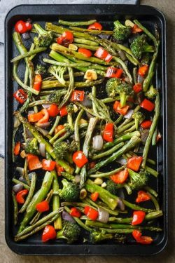Simple, Healthy Roasted Vegetables Recipe {Paleo, Gluten-Free, Clean-Eating, Dairy-Free, Whole30, Vegan}